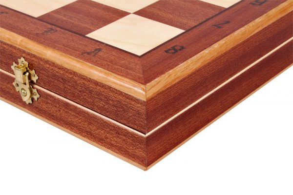 wooden debiut chess