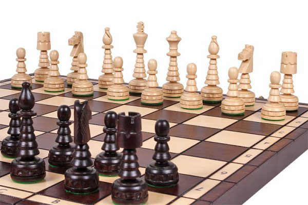 wooden chess set mini