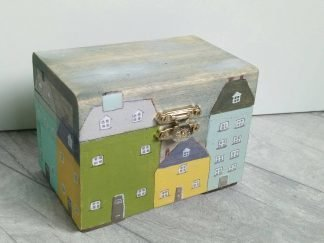 Wooden Houses Box