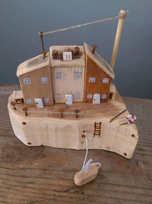 handmade wooden eco cottages