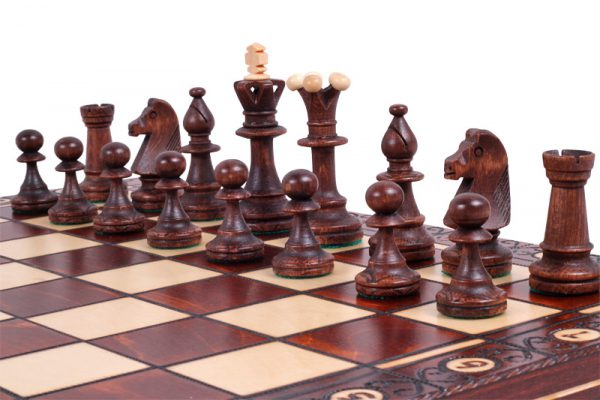 18 inch chess set consul