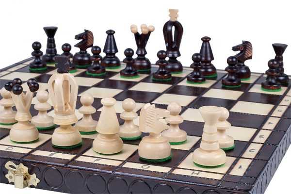wooden king chess set medium
