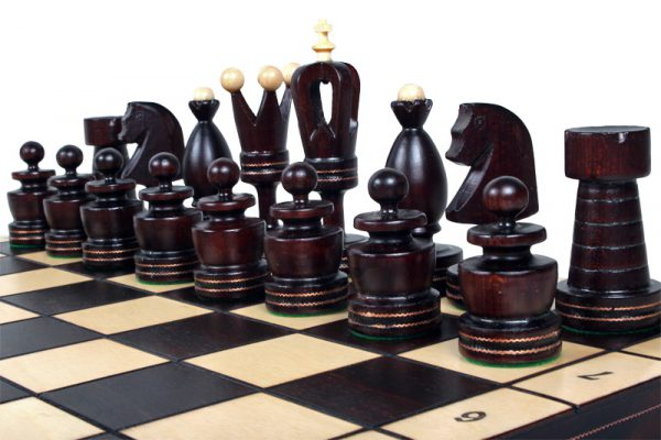 20 inch gothic chess set