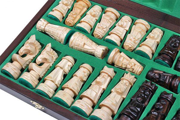 handmade giewont chess set