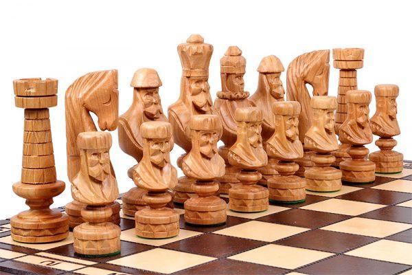 wooden chess set roman