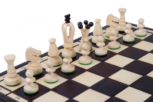 medium wooden chess set