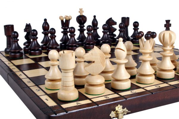 pearls chess set