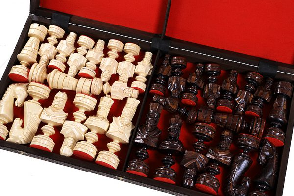 wooden chess set cesar