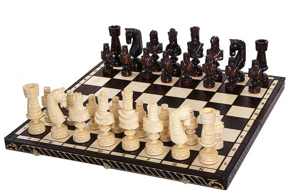 cesar chess set