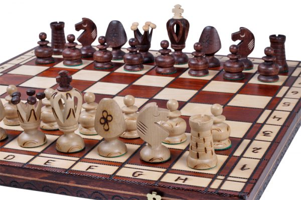 royal 19 inch chess set