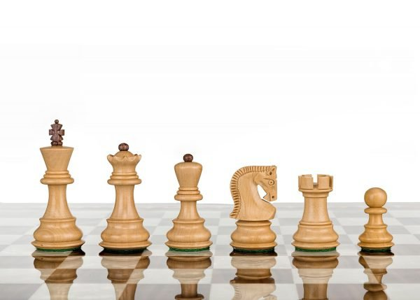 chess set royal rose