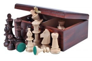 chess pieces box