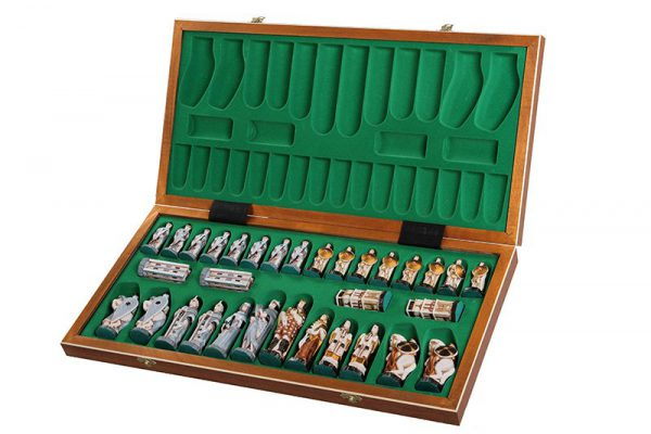 wooden chess set england