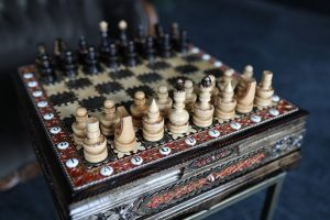 rich carving chess set