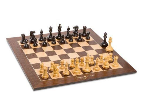 judit poglar chess set
