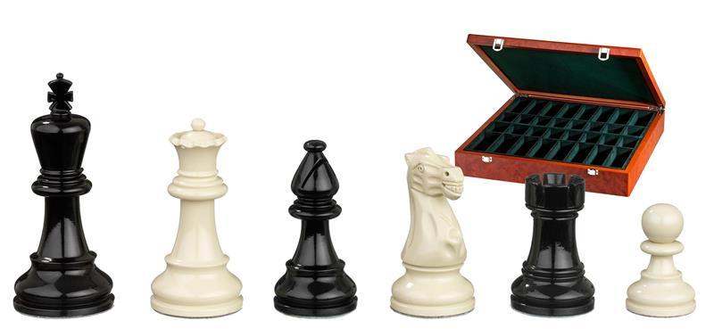 Nero Chess Pieces
